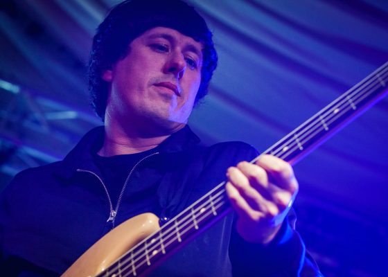 atlantics bassist, live band