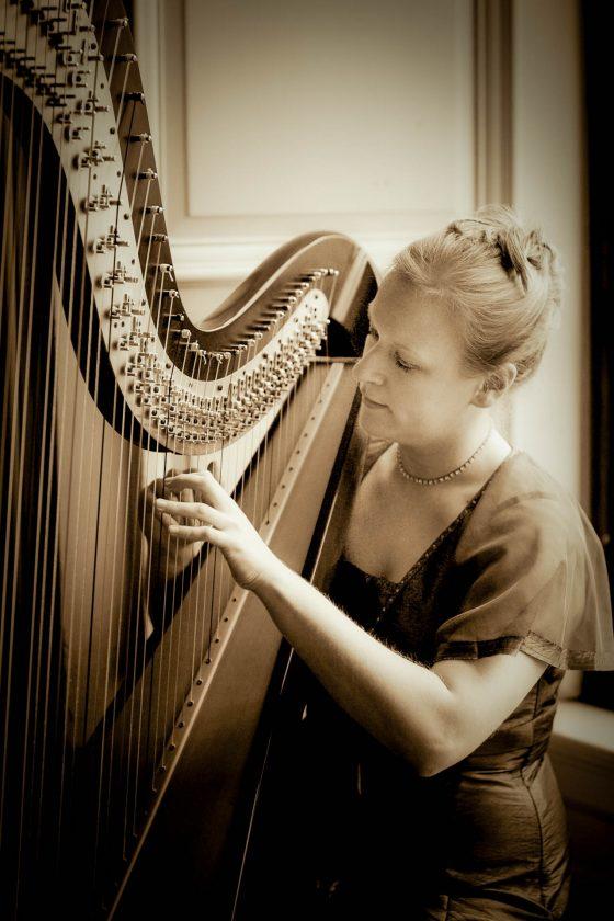 Cambridge Harpist Sepiae