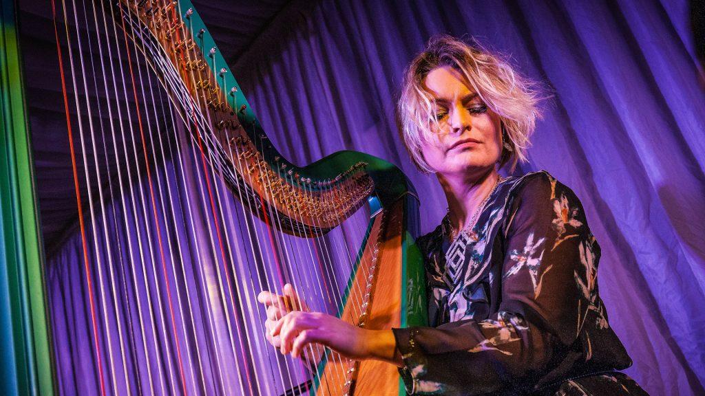 Eleanor Turner Harpist - Live