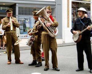 Fidgety Feet Jazz Band - Dad's Army