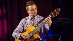 Guitarist Paul
