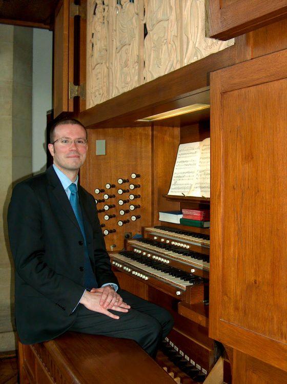 Ivan Linford - Organist