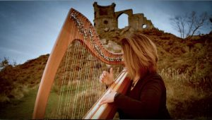 Manchester Harpist performing at Mow Cop