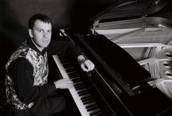 Pianist Glenn