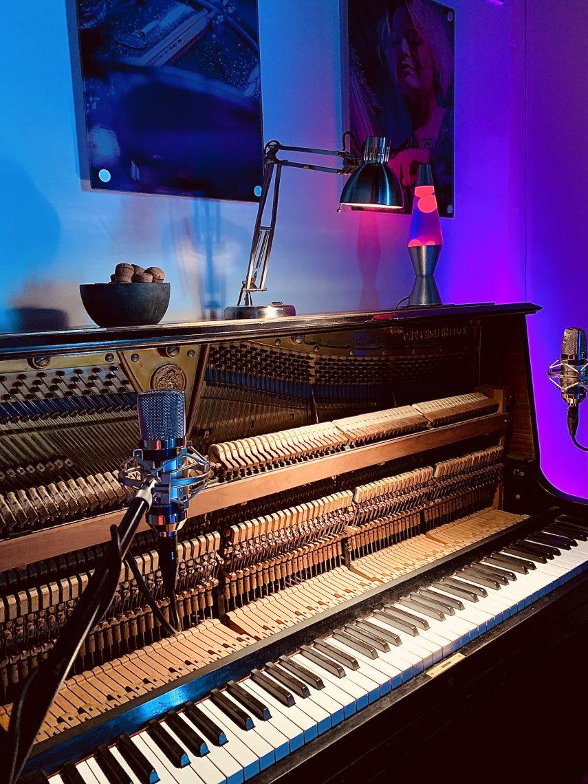 piano, piano cafe