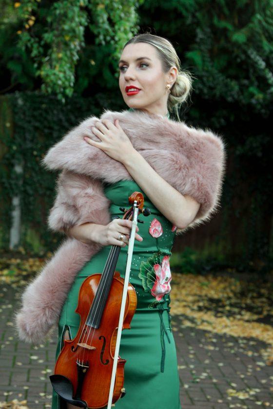 velvet strings, violin